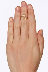 Sly as a Fox Gold Knuckle Ring at Lulus.com!