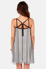 Optimal Illusion Black and White Print Dress at Lulus.com!