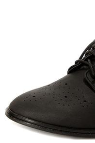 Dollhouse Joey Black Lace-Up Brogue Oxfords at Lulus.com!