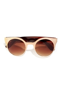 Venus Matte Gold Sunglasses at Lulus.com!