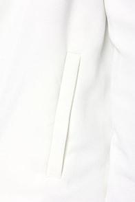 BB Dakota Bertilla Ivory Blazer at Lulus.com!