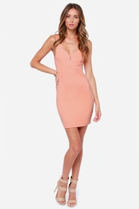 Curve-ing Berlin Bodycon Peach Dress at Lulus.com!
