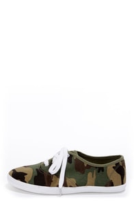 Wild Diva Lounge Marsden 01 Camouflage Canvas Lace-Up Sneakers at Lulus.com!