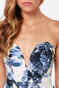 All Good Things Strapless Blue and Ivory Floral Print Dress at Lulus.com!
