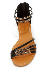 Bamboo Haile 01 Black and Gold Strappy Gladiator Sandals at Lulus.com!