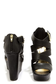 Soda Hat Black Strappy Platform Wedge Sandals at Lulus.com!