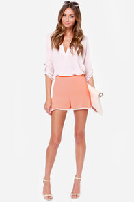 Scallop for Adventure Coral High-Waisted Shorts at Lulus.com!