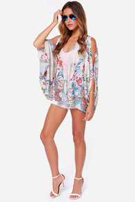 Very Merry Aviary Cream Print Kimono Top at Lulus.com!