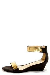 Promise Picken Black Gold-Plated Wedge Sandals at Lulus.com!