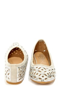 Deby 6 Silver Cutout Sequin Pointed Flats at Lulus.com!