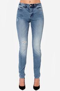Billabong Night Hawks Distressed Skinny Jeans at Lulus.com!