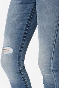 Billabong Night Hawks Distressed Skinny Jeans at Lulus.com!