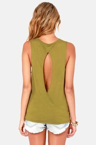 RVCA Heartache Army Green Muscle Tee at Lulus.com!