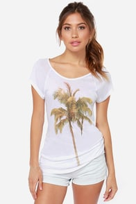 Ladakh Palm Tee Ivory Top at Lulus.com!