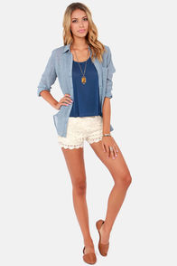 Crochet Hey Hey! Cream Lace Shorts at Lulus.com!