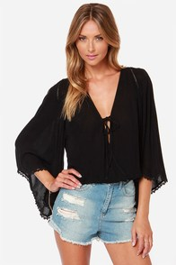 Join the Caravan Black Top at Lulus.com!