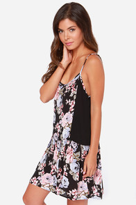 Volcom Noir Black Floral Print Dress at Lulus.com!