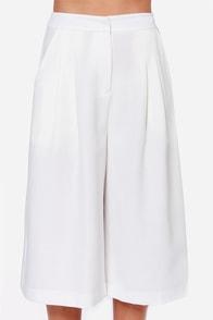 Gaucho Marx Ivory Culottes at Lulus.com!