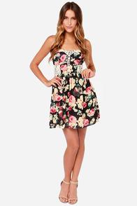 Briar Rose Black Floral Print Lace Dress at Lulus.com!