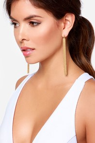 Up the Chain Gold Earrings at Lulus.com!