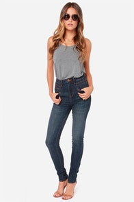 Dittos Jennifer Dark Blue High Rise Skinny Jeans at Lulus.com!