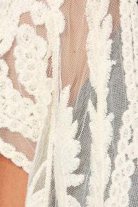 Golden Sands Cream Lace Top at Lulus.com!