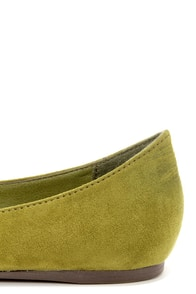 Talia 01 Military Green Pointed Flats at Lulus.com!