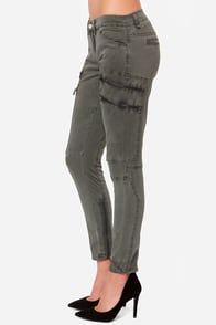 Blank NYC Skinny Cargo Washed Olive Green Pants at Lulus.com!