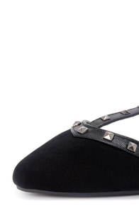 Bamboo Waranda 11 Black Studded T-Strap Pointed Flats at Lulus.com!