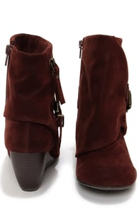 Blowfish Bilocate Burgundy Fawn Belted Wedge Boots at Lulus.com!