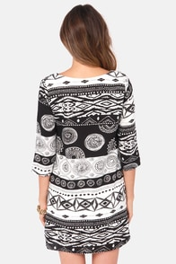 Shift Your Ground Black and White Print Dress at Lulus.com!