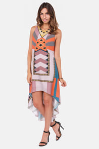 Ladakh El Salvador High-Low Print Dress at Lulus.com!