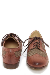 Restricted Bedford Brown Herringbone Oxford Flats at Lulus.com!