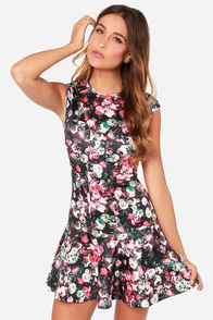 Georgia On My Mind Black Floral Print Dress at Lulus.com!