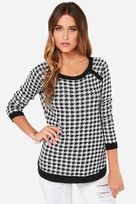 Jack by BB Dakota Nolan Black and White Houndstooth Sweater at Lulus.com!