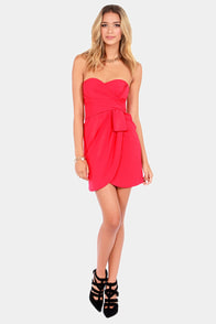 Born This Soiree Strapless Red Dress at Lulus.com!