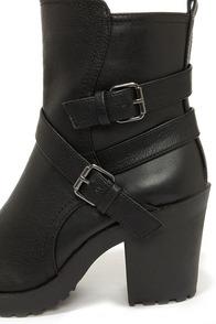 Soda Shena Black High Heel Boots at Lulus.com!