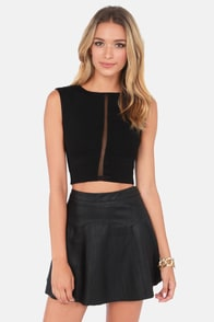 Caught in the Middle Sleeveless Black Crop Top at Lulus.com!