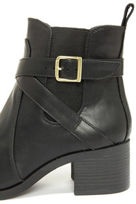 City Classified Lawler Black Ankle Boots at Lulus.com!