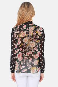 Mix It Up Black Floral Print Button-Up Top at Lulus.com!