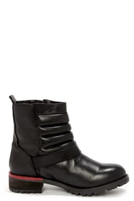 Kelsi Dagger Teegan Black Leather Mid-Calf Motorcycle Boots at Lulus.com!