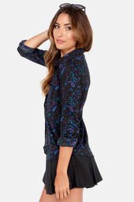 Obey Antalya Black Print Button-Up Top at Lulus.com!