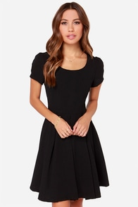 Bakewell Short Sleeve Black Dress at Lulus.com!