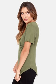 Easygoing My Way Olive Green Tee at Lulus.com!