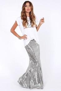 Total Stardom Silver Sequin Mermaid Skirt at Lulus.com!