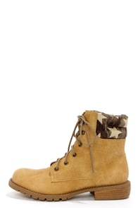 Coconuts Lumber Jack Natural Star Print Work Boots at Lulus.com!