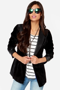 Splendid Evening Velvet Black Smoking Jacket at Lulus.com!