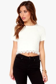 Snow-body Does It Better Fuzzy Ivory Crop Top at Lulus.com!