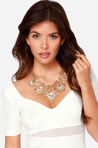 Chain Tracks Gold Rhinestone Statement Necklace at Lulus.com!