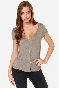 Headlands Grey Short Sleeve Top at Lulus.com!
